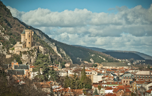 GR 367 La piste cathare : Randonnée des châteaux des Pyrénées ariégeoises