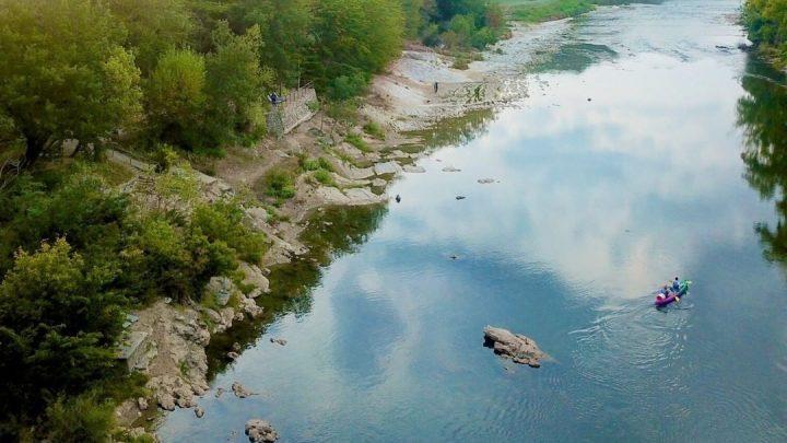 Autour des Gorges de l'Ardèche la plus belle et la plus longue gorge de France