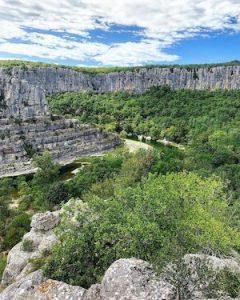 Randonnée circulaire dans les gorges de l'Ardèche Cirque de Gens