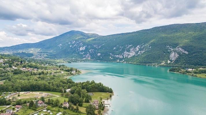 Randonnée du Tour des Charbonnières près du Lac d'Aiguebelette
