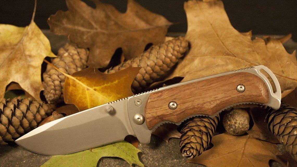 Couteau de survivalisme : comment choisir le modèle adapté ?